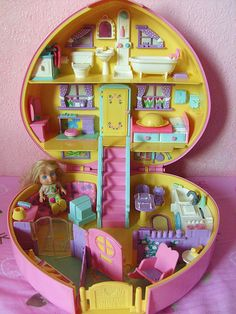 Polly pockets- I miss being little!!!!