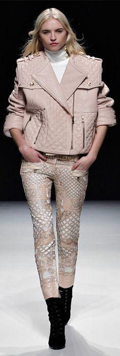 ✪ Balmain Ready-to-Wear Fall-Winter Collection 2012-2013 ✪ http://en.flip-zone.com/fashion/ready-to-wear/fashion-houses-42/balmain-2766