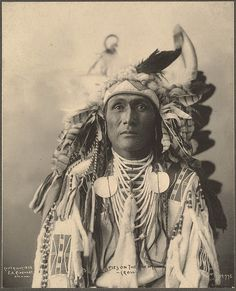 Spies On The Enemy, Crow Rinehart, Frank A. (photographer) 1899