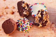 truffles - Great DIY solution for a dessert bar