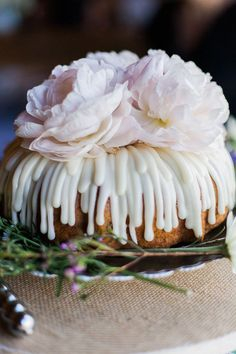 Wedding Cake Trends | For The Love of Bundt + Wedding Bundt Cake Recipe! see more at http://www.wantthatwedding.co.uk/2014/11/24/wedding-cake-trends-for-the-love-of-bundt-wedding-bundt-cake-recipe/