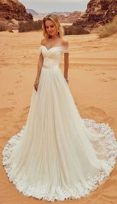 White bride dresses. All brides dream of having the perfect wedding day, but for this they need the perfect bridal dress, with the bridesmaid's outfits complimenting the brides dress. Here are a variety of suggestions on wedding dresses.