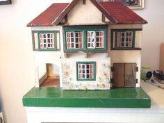 Triang ( lines bros ) dolls house 1940s / 50s attic find needs refurb