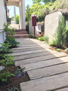 Front Path, Front Deck, Sleepers In Garden, Garden Design, House Design, Natural Garden, Dream Garden, Paths, Entrance