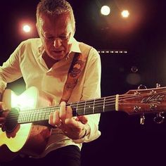 Tommy Emmanuel playing his Maton acoustic guitar. By Maton Guitars from Australia.
