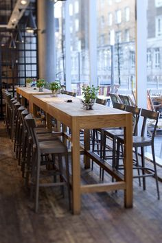 Reclaimed High Top Table Standing Height Bistro TableRestaurant - Restaurant pub table and chairs