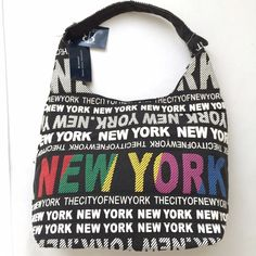 ✨New✨ Robin Ruth New York Large Hobo NWT Robin Ruth Large Hobo bag in New York pattern. This roomy fabric purse has a zipper closure and the interior is lined with Robin Ruth signature fabric and has a zippered pocket inside. Purchased in NYC but never used it! Trades Smoke/Pet-Free Home Robin Ruth Bags Hobos