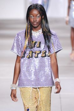 Hi haters! We're certainly not hating on this top seen today at #Ashish . #LFW #SS15