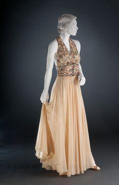 Evening Gown, Madeleine Vionnet: ca. 1936-1938, bias-cut silk chiffon, expert embroidered.