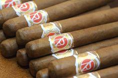 blog cigars celebrate wedding