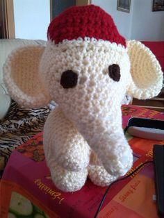 gehäkelter Elefant 45 cm groß