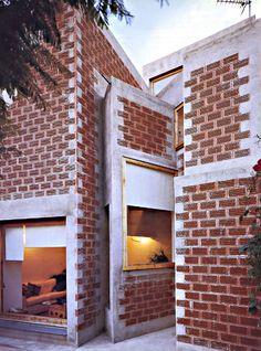 Enric Miralles & Benedetta Tagliabue - La Clota House Renovation, Barcelona, 1999