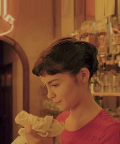 Audrey Tautou in Amelie Audrey Tautou, Amelie Haircut, Film Inspiration, French Films, French Bob, Movie Tv, Short Hair Styles, Hair Cuts, Hollywood