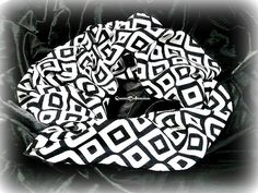 Geometric  Print Infitinty ScarfScarf by Queen2Bohemian on Etsy