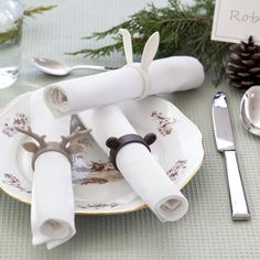 Napkin Zoo Napkin Rings Don't let your napkins run wild on your dinner table. Embrace them with your favorite animal! Too Many Cooks, 3d Printing Business, Kitchen Store, Perfect Gift For Her, Home And Deco, Cloth Napkins, Dinner Table, Dining Room Table, Kitchen Accessories