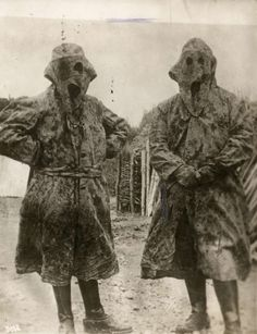 WOI. German officers in nightly uniform to camouflage. 1916. Place unknown.