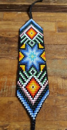Star of Creation Beaded Bracelet 22 bead Colombia Native Beading Patterns, Seed Bead Patterns, Native Beadwork, Native American Beadwork, Peyote Patterns, Beaded Braclets, Bead Loom Bracelets, Beaded Bracelet Patterns, Bead Loom Designs