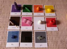 Couleurs - Identification Poser les objets de couleurs sur les cartes de même couleur.