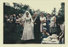 Classic elegance. | 60 Adorable Real Vintage Wedding Photos From The '60s