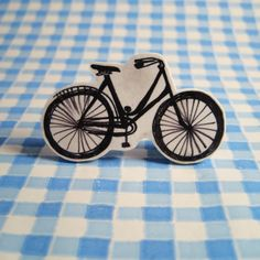 Nice Day Designs: Shrink Plastic Brooches: How-To