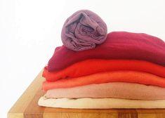 como avaliar quantidades de peças e proporções de cores no guarda-roupa, pra comprar certeiro e versatilizar o que ja se tem.
