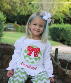 Girls ruffled tee with wreath applique and bow by by gigibabies