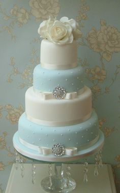 Wedding cake ~ Maybe do the quilted design and definitely not that many tiers. Description from weddbook.com. I searched for this on bing.com/images