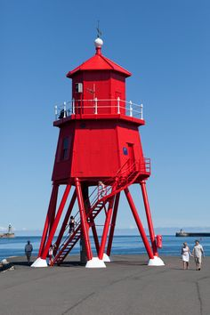 Herd Groyne Lighthouse in South Shields #PortofTyne #HerdGroyne #lighthouse #SouthShields #culture #HeritageSite #heritage #RedLighthouse #sea #NorthSea #NorthEast #NorthEastEngland #NorthEastCoast #CoastalTown