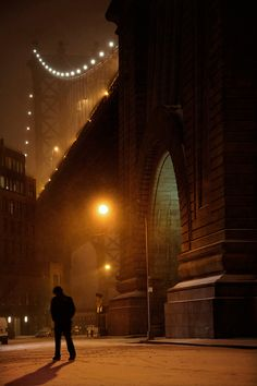 Dumbo by Christophe Jacrot, from the New York in White series. Fine Art limited-edition prints for sale at Artistics. Guy Debord, The Snow, Contemporary Photographers, French Photographers, Christophe Jacrot, Sunny Images, Photographie New York, New York Snow, New York City