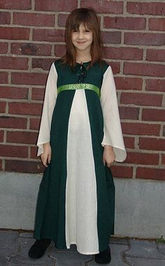 Celtic over coat for little girls. Long Medieval dress for girls in cotton, laced front, with ribbon, with trim, long trumpet sleeves  Available in sizes: XXXS, XXS, XS  Available colours: green, off white-green, burgundy, off white-burgundy, blue, off white-blue