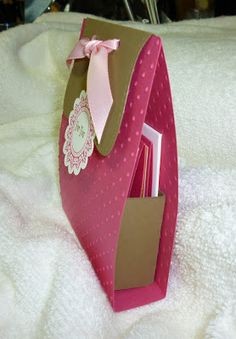 big Ideas From A Little Girl: Simple holder for 3X3 cards
