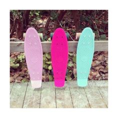 Penny Boards ❤ liked on Polyvore featuring pictures, icons, pink, backgrounds and icon pictures