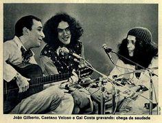 João Gilberto, Caetano Veloso e Gal Costa gravando #Brasil #anos70 #retro #anunciosAntigos #vintageAds