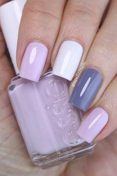 https://grapefizz.blogspot.be/2016/12/essie-skittle-manicure.html