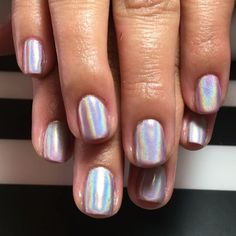 Holographic nails are our new obsession!