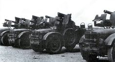 Drawings and information on the Italian army in North Africa Army Vehicles, Armored Vehicles, Italian Army, Afrika Korps, Ww2 Tanks, Royal Air Force, Panzer, War Machine, North Africa