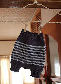 Tiny Pants diaper pants, free Ravelry pattern