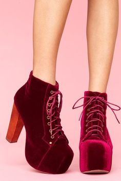 With the right outfit, these could be amazinggggggggggggg