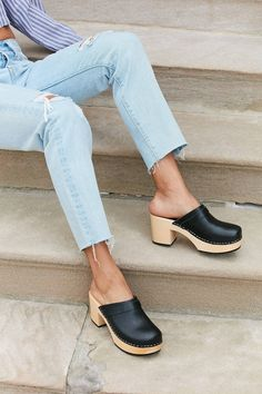 Shop Women's Swedish Hasbeens Black size 7 Mules & Clogs at a discounted price at Poshmark. Description: New in box Swedish Hasbeens leather clogs. Clogs Outfit, Clogs Shoes, On Shoes, Me Too Shoes, Shoe Boots, Shoes Sandals, Dress Shoes, Flat Shoes, Shoes Sneakers