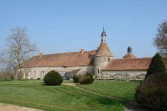 BOURBONNAIS (03) Exceptionnelle ferme fortifiée ISMH du ...