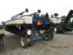 Rear of  20 row Kinze 3700