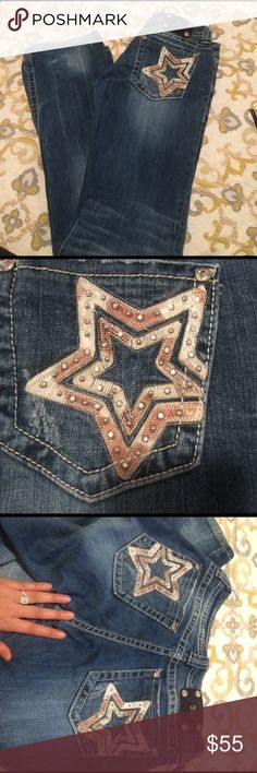 Miss Me studded star jeans crystal size 30 boot I'm great condition! Inseam is 34.5. Only thing worth noting is that at the bottom seam of the jeans has slightly come undone, and one crystal is missing in pack pocket. Please look at pics. Feel free to send offers! And I will only trade for VSX knockout leggings or adidas shoes in 8.5 or 9 Miss Me Jeans Boot Cut