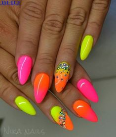 Elegant gel nail art designs for 2018 - style you 7 neon nail polish, neon Neon Nail Art, Neon Nail Polish, Neon Nails, Pink Nails, Nail Polishes, Bright Nails, Glitter Nails, Nail Gel, Gel Polish