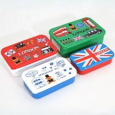 London Sherlock Holmes Bento Box 4 pcs Lunch Box 1 :: Pas sûre que je m'en servirai vraiment comme boite à bento mais oh, qu'elles sont chouettes!!