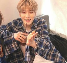 its actually jaehyun and not seokjin this time :) Jaehyun Nct, Day6, Taeyong, Nct 127, K Pop, Johnny Seo, Jung Yoon, Valentines For Boys, Entertainment