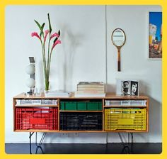 Simple and utilitarian fruit crates make for brilliant - and budget-friendly - home storage and small furnishings Recycled Furniture, Diy Furniture, Furniture Design, Plastic Crates, Diy Casa, Ideias Diy, Apartment Interior Design, House Rooms, Repurposed