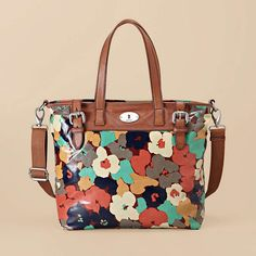 """I own this and LOVE it!  Perfect for slim laptops, books, a pair of flip flops or a light sweater!  A good, """"be prepared"""" bag!"""