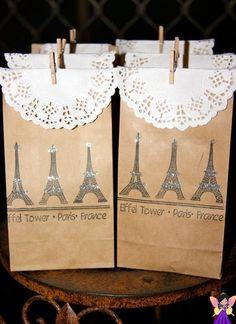 Tema: Paris - festa de 15 anos (debutante)