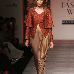 Siddartha Tytler at Amazon India Fashion Week Spring/Summer 2016 | Vogue India | Section :- Fashion | Subsection :- Fashion Shows | Author : - Vogue.in | Embeds : - slideshow-thumbnail | Covers : - no-cover | Publish Date:- 10-12-2015 | Type:- Article