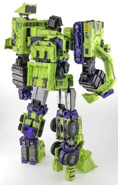 Toyworld have announced on their online store that they are doing a second version of their unofficial Devastator, Constructor. Transformers Devastator, Transformers Toys, Punisher Comics, Transformers Masterpiece, Marvel Quotes, Aircraft Design, Geek Art, Old Toys, Action Figures